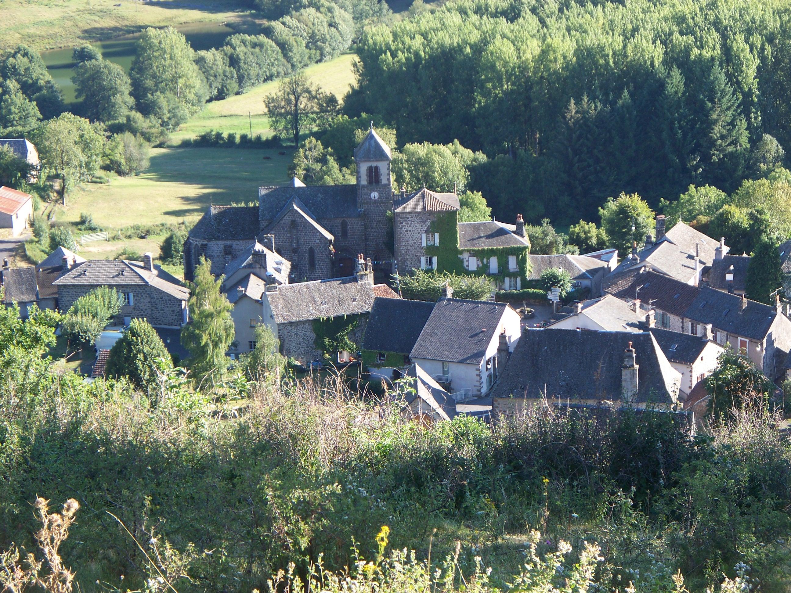 Le Bourg vu des Côtes